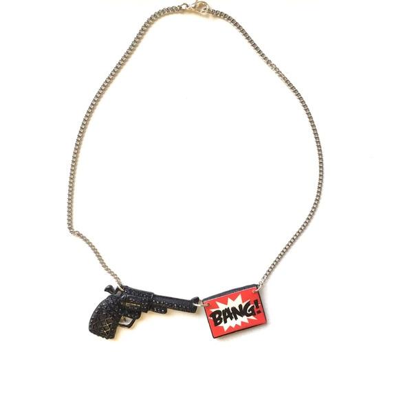 """BNWT A Girl Is A Gun """"Bang"""" Gun Necklace"""